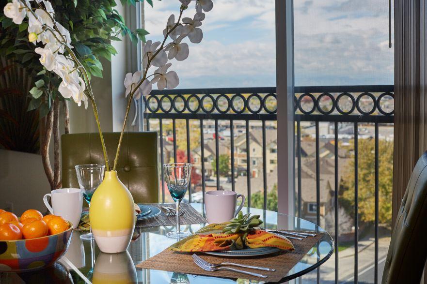 senior living dining area overlook